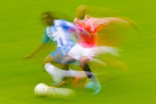 Footballers move around pitch like chaotic particles in a fluid